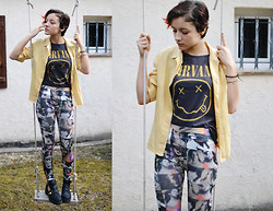Alexandra C - Pull & Bear Nirvan Merch, River Island Chunky Boots - Band merch is always a good idea