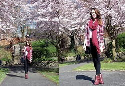 Stephanie G - Pull & Bear Scarf, H&M Jeans, New Look Boots - Chasing the sun!