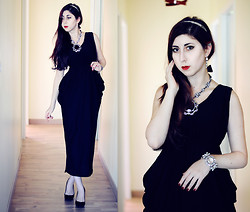 Noree Anne Celine - Wholesale7 Black Maxi Ruffle Dress, Frontrowshop Crystal Cuff, Oasap Baroque Necklace - Wear your heart out