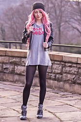 Jasmin Kessler - H&M Beanie, Iron Maiden Tank, H&M Black Leather Jacket, H&M Tights, Tamaris Ankle Boots - BE YOU