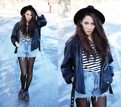 Malin E. - Thrift Store Jacket, H&M Hat, H&M Top, Thrift Store Shorts, Shoes - 14.03.22