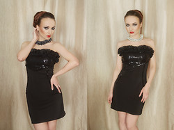 Ksenia Murashka - Muraska Design - Little black dress