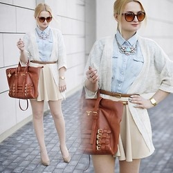 Daria Darenia - Dressvenus Shirt, Romwe Skirt - Clear Things