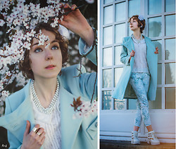 Sofia R - Tara Jarmon Pastel Coat, Comptoir Des Cotonniers Flower Pants, Shelly's London White Cut Out Boots - Frozen Spring