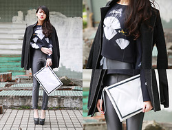 Lee Vivien - Fabitoria Top, American Apparel Pants, Window Bag, Heavy Machine Shoes, Jenn Lee Coat - Frame Bag