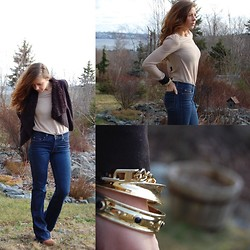 Katie Rose Decoeli - J Brand Jeans, Oak Shirt, Banana Republic Bracelets - A love for Neutrals