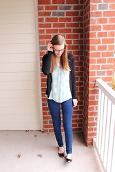 Shannon Willardson - H&M Cardigan, Forever 21 Tank, Boscovs Shirt, Ross Jeans, Target Shoes - 19 Weeks