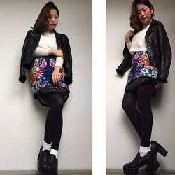 Chiro ♡ - Cameo The Label Skirt, Some Days Loving Knit - Dramatic flower