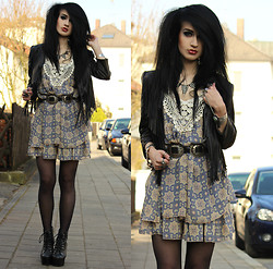 Tessa Diamondly - H&M Fringe Jacket, Pepe Jeans London Crochet Dress, Vintage Concho Belt, Jeffrey Campbell Heels - Free bird.