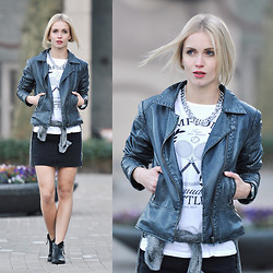 Anita VDH - Vila Biker Jack, H&M T Shirt With Print, Noisy May Jeans Skirt, H&M Grey Sweater, H&M Silver Necklace - Noisy May