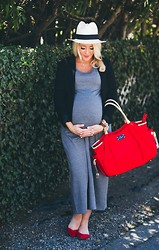 Shannon Willardson - J. Crew Hat, Sonnet James Dress, Old Navy Shoes - 39 Weeks| Sonnet James