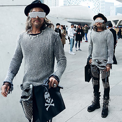 INWON LEE - Byther Shutter Shades, Byther Chain Top, Byther Spike Customed Jean, New Rock Stud Boots - Korea, Seoul Fashion Week