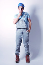 Jaro Daily - Forever 21 Dungarees, H&M Brogue Boots, The Classic Snapback - They Go Up Again; We Go Forward