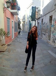 Maria Pasiali - Zara Black Top, Zara Leather Jacket, Bershka Dark Blue Jeans, Sneakers With Trucks - Feeling happy ☺