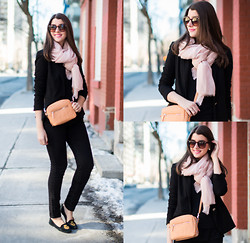 Julie Provencher - H&M Scarf, Zara Bag, Zerouv Sunglasses - Chilled in the City