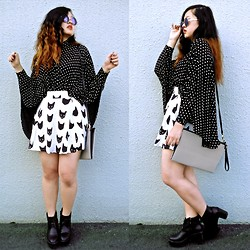 Johnnya Xu - H&M Skirt, C&A Purse, Asos Loose Sleeve Blouse - Funky Minimalist