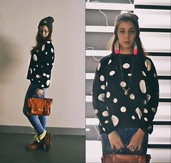 Ekaterina Bukina - Carhart 1., Mango 2., New Look 3., Accessorize 4., Francesco Donni 5. - New look