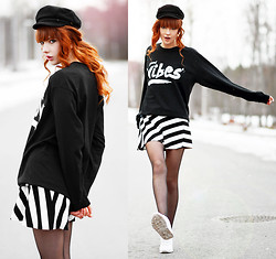 Ebba Zingmark - 2hand Hat, Dream But Do Not Sleep Top, Romwe Skirt, Nike Sneakers - Good Vibes