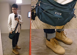 Aloy Chua - Uniqlo Casual Dinner Jacket, Tumi Shoulder Bag, Timberland Work Boots - Don't live me empty.