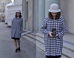 Sasha Kurilo - H&M Hat, Mango Coat, Ecco Shoes - Oh my coat