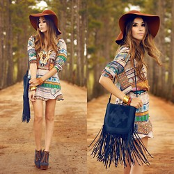 Flávia Desgranges van der Linden - Mondabelle Dress, Simone Camille Fringed Bag - Down Colorful Hill