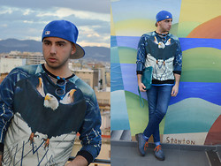 Dario Fattore - New Look Era Cap, Kenzo Eagle Sweater - Blu eagle
