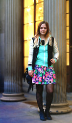Alix T. - Primark Mint Hoodie, H&M Bomber Jacket, River Island Flower Skirt, Primark Cats Tights - Misery Company