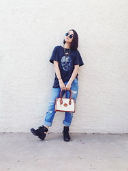 Ella E - Brandy Melville Usa Oversized T Shirt, Zara Boyfriend Jeans, Dooney And Bourke Purse, Jeffrey Campbell Rosie Cutout Boot - Cozied Up