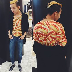 King Htut - Getalife Hot Dogs Tee, Genetic Denim Washed Jeans, Cole Haan Black Croc Print - Team Ketchup or Team Mustard ? :P