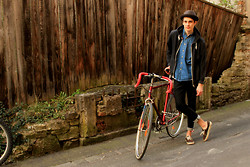 Sam Mü - Vans Sneaker, Nudie Jeans Denim, Primark Jacket - Take a ride.