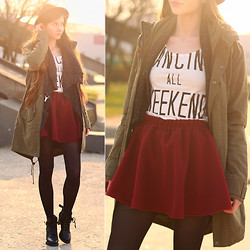 Ariadna Majewska - Arafeel Khaki Parka Jacket, Oasap Burgundy Skirt, Chic Wish Black Boots, Romwe Grey Cardigan, Bershka White Crop Top, Mohito Black Hat, Black Tights - Dancing all weekend