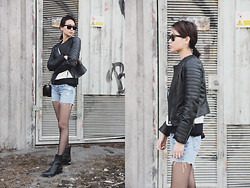 Miu N - Mango Jacket, Levi's® Shorts, Chanel Bag, Alexander Wang Boots, Ray Ban Sunglasses - Sunday