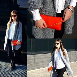 Diana Dolci - Accessorize Red Clutch, Guess? Black Jeans, Zara Grey Cardigan, United Colors Of Benetton White Shirt, Tommy Hilfiger Suede Boots, Massimo Dutti Sunglasses, Bvlgari Blue Bracelet - Such a Shiny Day