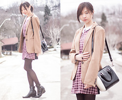 Sabrina Kwan - Sheinside Plaid Shift Dress, Le Chateau Oversized Blazer, Tacicco Trapezoid Bag - Plaid shift