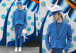Andre Judd - Periwinkle Linen Suit, Periwinkle Trousers, Blue Heathered Tee, Periwinkle Cap, White Horn Cap, White Laceups - NARWHAL