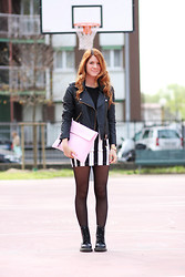 Francesca Carloni - Mango Jacket, Bershka Skirt, Sijana Clutch, Dr. Martens Boots - I HATE MY FACE IN THIS PIC