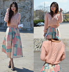Cassandra Y. Liu - Frontrowshop Cropped Sweater, Wear2day Design Full Skirts - Monochrome, Cropped, Pastel