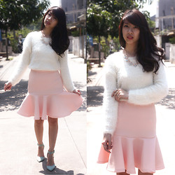 Marcella Margareth - Romwe Furry Sweater, Selv Mermaid Skirt, Urban Og Heels - Cotton Candy