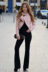 Lara Rose Roskam - Burberry Flared Jeans, Christian Louboutin Spike Clutch, Zara Pink Jacket - FLARED JEANS IN PARIS