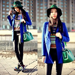 Aibina Yeshkeyeva - Park Bravo Hat, Mart Of China Blue Blazer, Zara Sneakers - SHADES OF BLUE