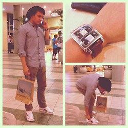 Bibo Bayona - Kenneth Cole Watch, Zara Bonnet Hat, Hangten Polo, Bench Jeans, Adidas Shoes - MALLing