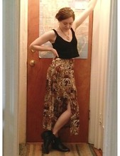 Natalie Scarlett - 90s Crochet Cropped Tank Top, High Waist Big Cats Print Maxi Skirt, Black Booties - 90s dream