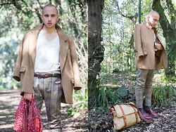 Dario Fattore - Zara Tee, Missoni Silk Foulard, Dr. Martens Drmartens Shoes, Asos Fossil Shoulder Bag - Love comes from the sun
