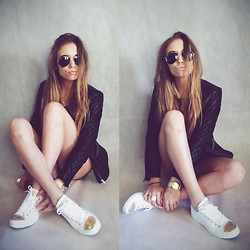 Aga - H&M Jacket, Converse Sneakers, Ray Ban Sunglasses - Goldie