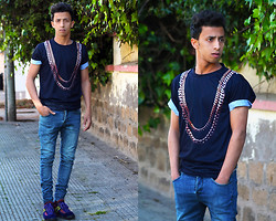 Ayoub Sami - Shelfies Chainz ,, Zara Blue Washed Jean , - I thank all those who helped me in the amplified hype
