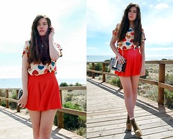Mariana Moratalla - Oasap Skirt, Oasap Shirt, Jeffrey Campbell Heels - COLORFUL FRIDAY