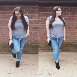 Rebecca Siegel - Gap Striped Tee, Old Navy Distressed Denim, Urban Outfitters Suede Ankle Boots, Charlotte Russe Black Crossbody Bag - Distressed Denim
