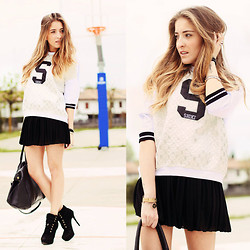 Elen Ellis - Dixie Sweater, Kontatto Skirt, Zara High Heels - SPORTY TREND