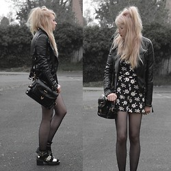 Sammi Jackson - Fd Avenue Daisy Playsuit, Sheinside Biker Jacket, Wholesale7 Satchel - DAISY PLAYSUIT - LOOK 2