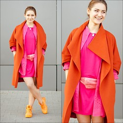 Kayka Sadowska - Saska Fashion Raspberry Dress - Carrot&raspberry
